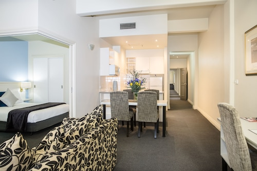 Collins Hotel, Melbourne