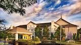 The Lotus Suites at Midlane-Gurnee/Waukegan