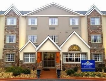 Hotel - Microtel Inn & Suites by Wyndham Greenville / Woodruff Rd