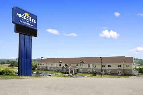. Microtel Inn By Wyndham Mineral Wells/Parkersburg