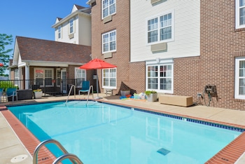 Towneplace Suites By Marriott St Charles