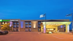 Holiday Inn Express Hotel & Suites Colby, an IHG Hotel