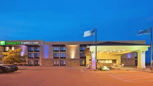 . Holiday Inn Express Hotel & Suites Colby, an IHG Hotel