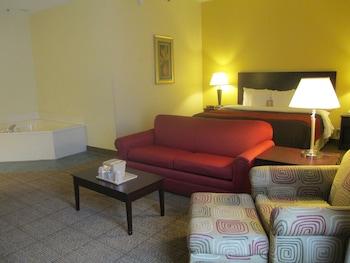 Comfort Inn & Suites - Guestroom  - #0