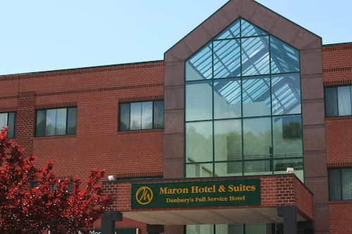 . Maron Hotel And Suites
