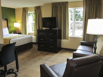 Guestroom at Extended Stay America Washington, DC - Gaithersburg - South in Gaithersburg