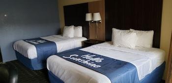 托納萬達水牛城溫德姆戴斯飯店 Days Inn by Wyndham Tonawanda/Buffalo