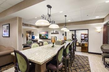 Lobby Lounge at Hampton Inn Mount Dora in Mount Dora
