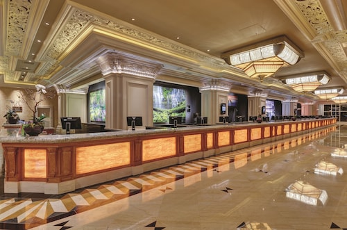 Mandalay Bay Resort And Casino image 3