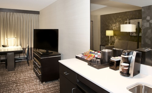 Embassy Suites Las Vegas image 9