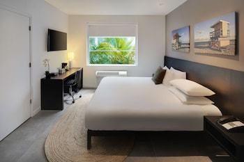 Standard Room, 1 King Bed, Accessible