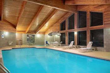 Hotel - AmericInn by Wyndham Coon Rapids