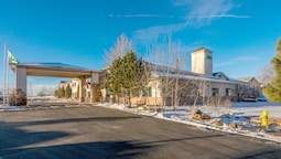 Holiday Inn Express Hotel & Suites Raton, an IHG Hotel