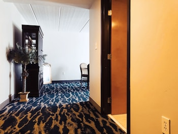 Superior Studio Suite, 1 King Bed, Non Smoking