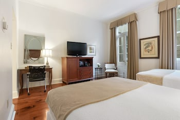 Room, 2 Queen Beds, Accessible, Non Smoking (Mobility Roll-In Shower)