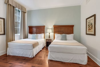 Traditional Room, 2 Queen Beds, Accessible