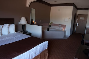 Deluxe Room, 1 King Bed, Non Smoking, Jetted Tub