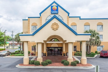Comfort Inn & Suites Ft. Jackson Maingate