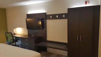 Standard Room, 2 Queen Beds, Accessible (Comm)