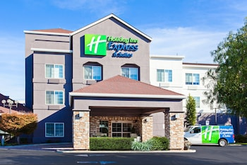 奧克蘭機場智選假日套房飯店 Holiday Inn Express Hotel & Suites Oakland-Airport