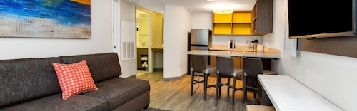 Holiday Inn Resort Orlando Suites - Waterpark image 13