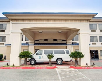 Hotel - Quality Inn & Suites Airport