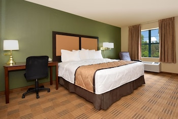 Guestroom at Extended Stay America Fort Worth - City View in Fort Worth