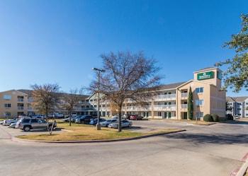 Hotel - HomeTowne Studios Dallas - Fort Worth