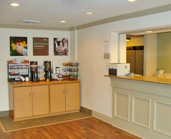 Lobby at Extended Stay America Philadelphia Mt Laurel - Pacilli Place in Mount Laurel