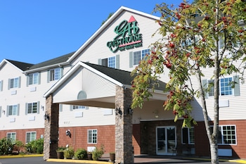 GuestHouse Inn & Suites Kelso / Longview photo