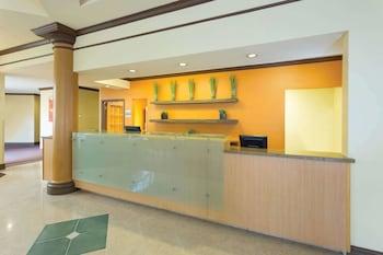 La Quinta Inn & Suites by Wyndham Raleigh/Durham Southpoint