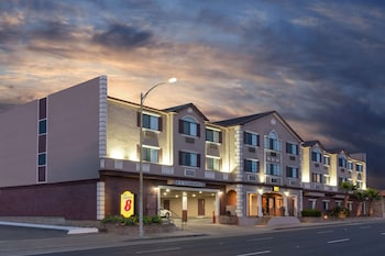 聖布魯諾舊金山國際機場西溫德姆速 8 飯店 Super 8 by Wyndham San Bruno /SF Intl Arpt West