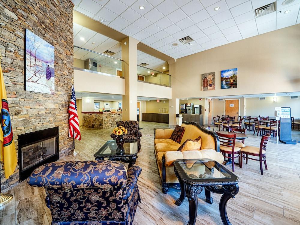 Cherokee Grand Hotel Cherokee North Carolina Us Reservations Com