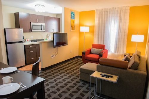 . TownePlace Suites by Marriott Houston NASA/Clear Lake
