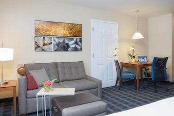 印弟安納波里斯基斯通唐普雷斯套房飯店 TownePlace Suites Indianapolis Keystone
