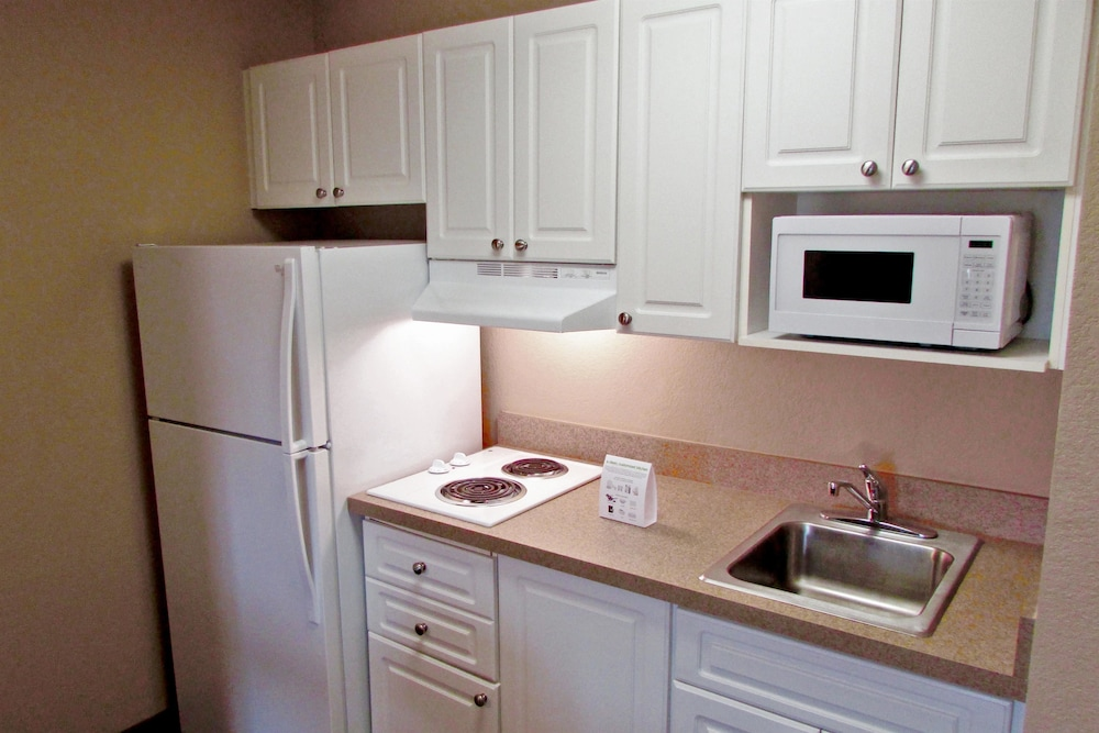 익스탠디드 스테이 아메리카 - 보스톤 - 월섬 - 32 4th Ave(Extended Stay America - Boston - Waltham - 32 4th Ave) Hotel Image 11 - In-Room Kitchen