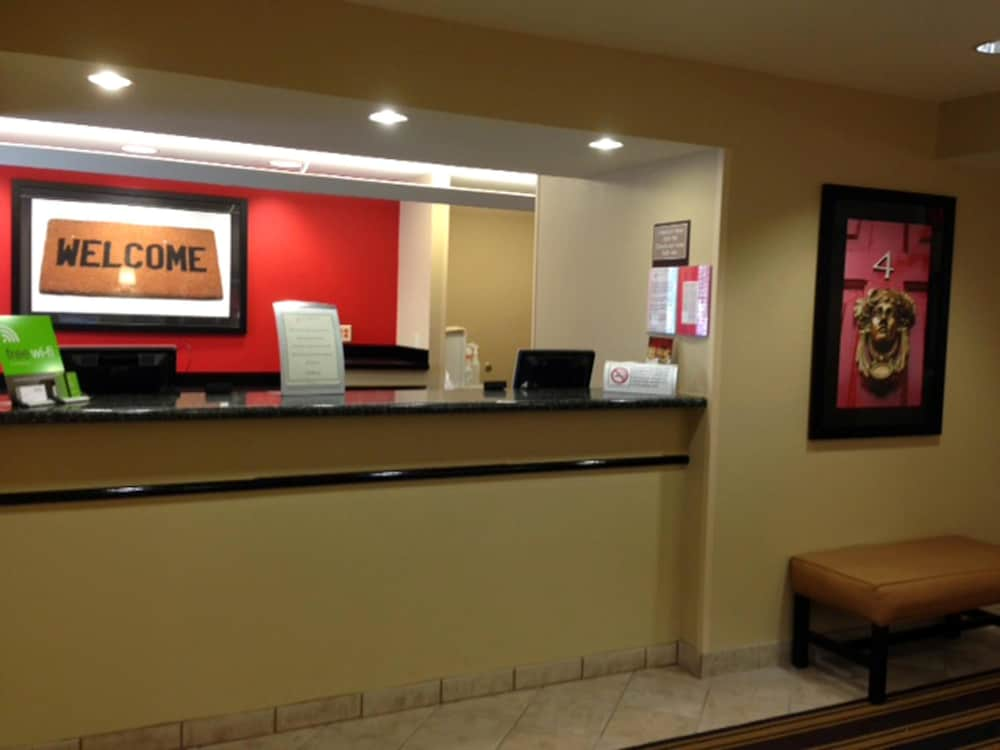 익스탠디드 스테이 아메리카 - 보스톤 - 월섬 - 32 4th Ave(Extended Stay America - Boston - Waltham - 32 4th Ave) Hotel Image 2 - Lobby