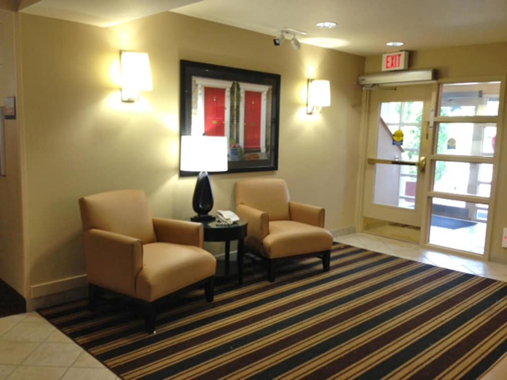 익스탠디드 스테이 아메리카 - 보스톤 - 월섬 - 32 4th Ave(Extended Stay America - Boston - Waltham - 32 4th Ave) Hotel Image 1 - Lobby