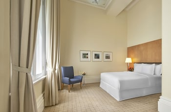 Deluxe Room, 1 King Bed (Heritage)