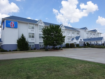 Hotel - Motel 6 Fort Worth - Burleson