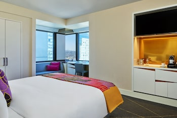 Spectacular Room, Room, 1 King Bed, Non Smoking, City View