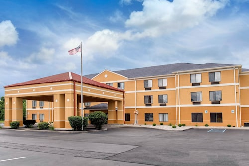 . Quality Inn & Suites Anderson I-69