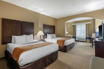 2 Queen Beds, Suite, Nonsmoking, Accessible