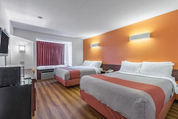 Hotel - Motel 6 Streetsboro OH