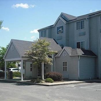 Hotel - Motel 6 Charlotte - University