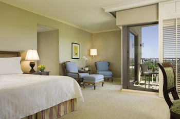 Premier Room, 1 King Bed, Golf View