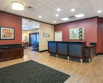 Lobby at Comfort Inn Ballston in Arlington