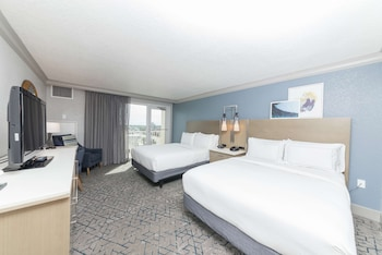 Room, 2 Queen Beds, Accessible, Ocean View (Roll-in Shower Mob & Hearing, Balcony)