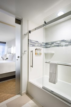 Room, 2 Double Beds (Glass Enclosed Shower)