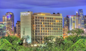 DoubleTree by Hilton Dallas - Market Center